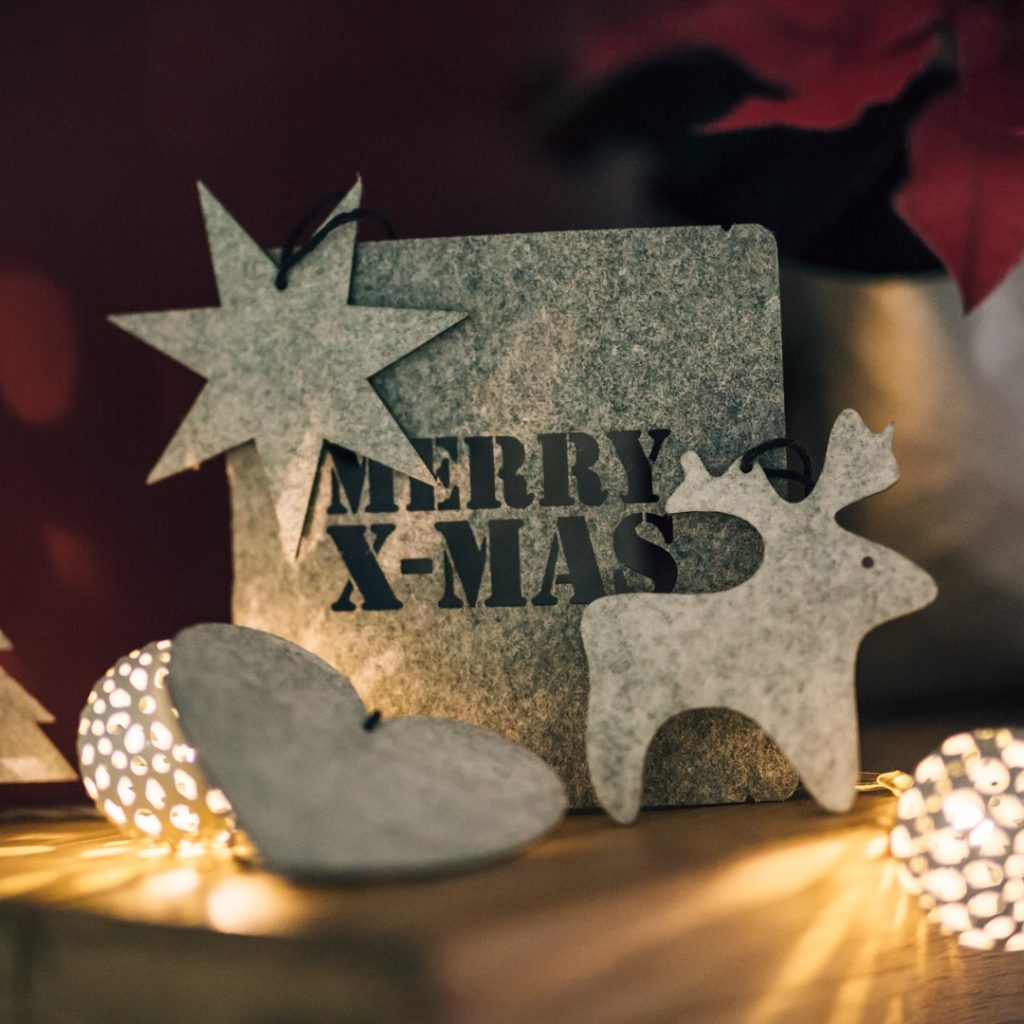 felt ornaments andkeep.com